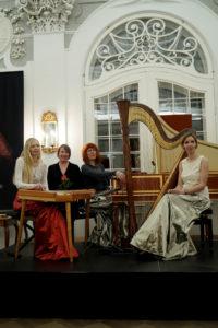Una Corda 10 juubelikontsert Kadrioru Lossis 2019, koos helilooja Age Veeroosiga